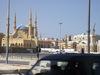mešita a žeriavy Libanon