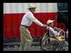 ...otec a syn Paraguaj